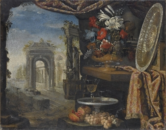 Vaso di fiori e orologio su un
