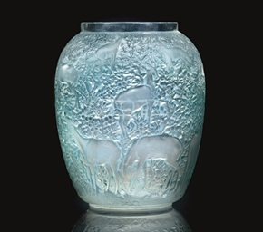 BICHES VASE NO. 1082