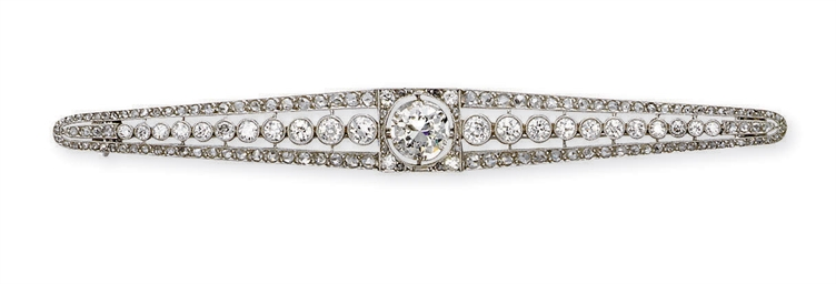 A BELLE EPOQUE DIAMOND BAR BRO