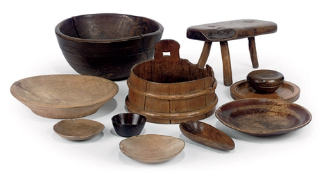 A COLLECTION OF ENGLISH TREEN