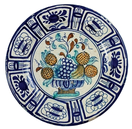 A DUTCH DELFT POLYCHROME CHARG