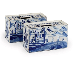 A PAIR OF BRISTOL DELFT BLUE A