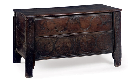 A WILLIAM AND MARY OAK CHEST