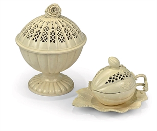 AN ENGLISH CREAMWARE MELON-TUR