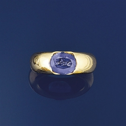 An Iolite single stone ring, b