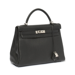 A NOIR TOGO 'KELLY' BAG