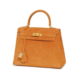 AN ORANGE SUEDE 'KELLY' BAG
