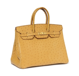 A GOLD OSTRICH 'BIRKIN' BAG