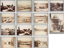 [PHOTOGRAPHIE] -- OSTHEIM, Otto von (actif vers 1850-1860). Jérusalem et lieux saints. Réunion de 13 tirages originaux, sur papier albuminé (ca. 250 x 332 mm), dont 6 signés dans le négatif et 12 légendés en français dans le négatif, tous contrecollés à l'époque sur papier fort bleuté, légendes manuscrites dans la marge à l'encre. Vers 1855-1860. (Certains tirages plus pâles que d'autres).