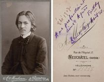 """CENDRARS. Portrait-carte de visite représentant Blaise Cendrars jeune (91 x 60 mm). Daté """"Été 1907"""" au dos. Contrecollé sur un carton à l'adresse de A. Monbaron, à Neuchâtel, rue de l'Hôpital, 17."""