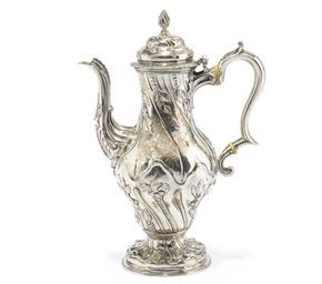 A GEORGE III BALUSTER SILVER C