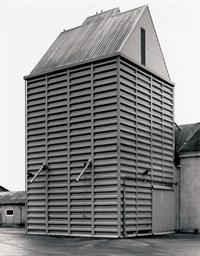 Grain Elevator, Broquiers, Fra