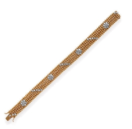 A DIAMOND AND 18K GOLD BRACELE