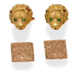 A GROUP OF GOLD CUFFLINKS