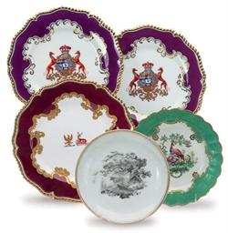 FIVE ENGLISH PORCELAIN PLATES,