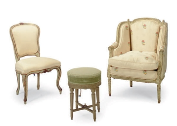 A FRENCH CREAM-PAINTED BERGERE