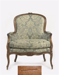A LOUIS XV WALNUT BERGERE