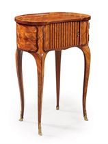 A LATE LOUIS XV ORMOLU-MOUNTED TULIPWOOD, AMARANTH AND PARQUETRY TABLE A ECRIRE