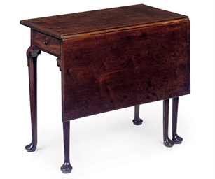 A GEORGE II WALNUT DROP-LEAF T