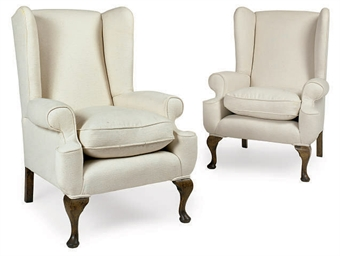A PAIR OF BEECH WING ARMCHAIRS
