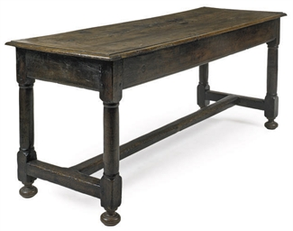 A FRENCH OAK FARMHOUSE TABLE