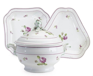 AN AUSTRIAN PORCELAIN PART DIN