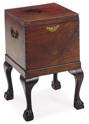 A GEORGE III ENGLISH MAHOGANY