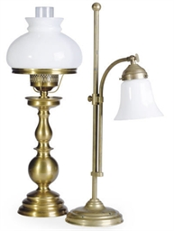 A GROUP OF THREE BRASS LAMPS,