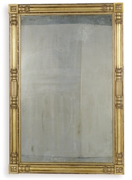 A FEDERAL GILTWOOD MIRROR,