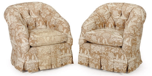 A PAIR OF BEIGE TOILE-UPHOLSTE
