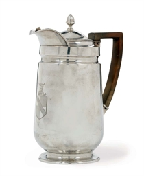 A GEORGE III SILVER COFFEE BIG