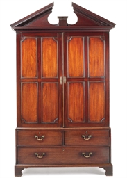 A GEORGE III MAHOGANY PRESS CU