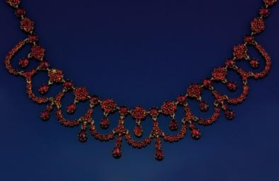 A 19th century garnet necklace