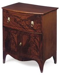 A MAHOGANY LINE INLAID CHEST