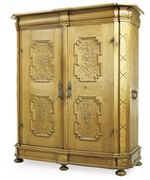 A GERMAN OAK ARMOIRE