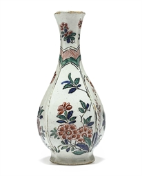 A DUTCH DELFT VASE
