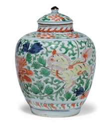 A WUCAI JAR AND COVER