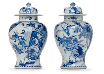 A VERY LARGE PAIR OF BLUE AND WHITE BALUSTER JARS AND COVERS...