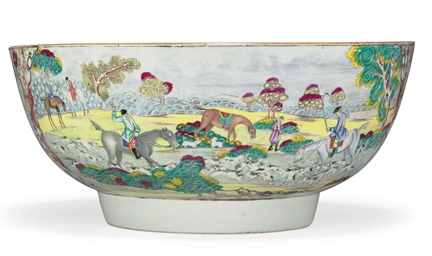 A LARGE FOXHUNTING BOWL