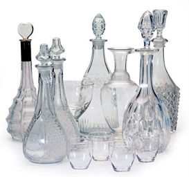 A GROUP OF SIX GLASS DECANTERS