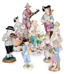 SEVEN GERMAN PORCELAIN FIGURES