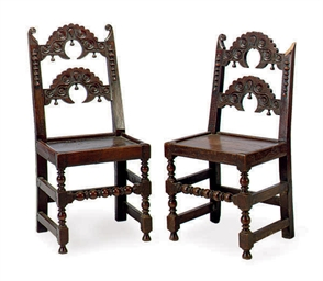 A PAIR OF OAK SIDE CHAIRS,