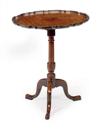 A GEORGE II MAHOGANY PIE-CRUST