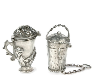 A MALTESE SILVER SCENT BOTTLE,