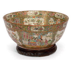 A LARGE CANTONESE BOWL
