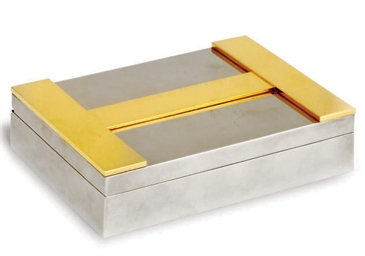 A SILVER PLATED CIGARETTE BOX