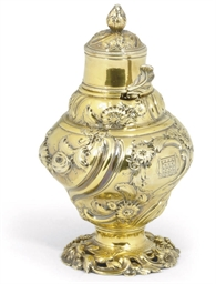 A GEORGE II SILVER-GILT TEA CA