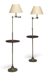 A PAIR OF EDWARDIAN BRASS STAN