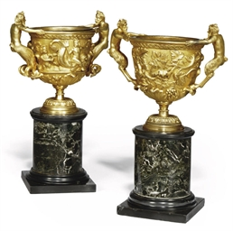 A PAIR OF FRENCH GILT-BRONZE U