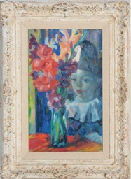 A pierrot with flowers